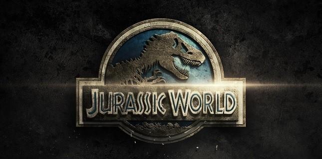 Jurassic World'den İlk Afişler Yayınlandı!