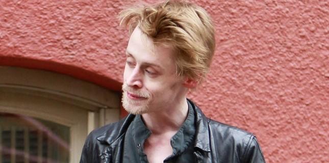 Macaulay Culkin oyunculuğu 'aile içi şiddet' sebebiyle bırakmış