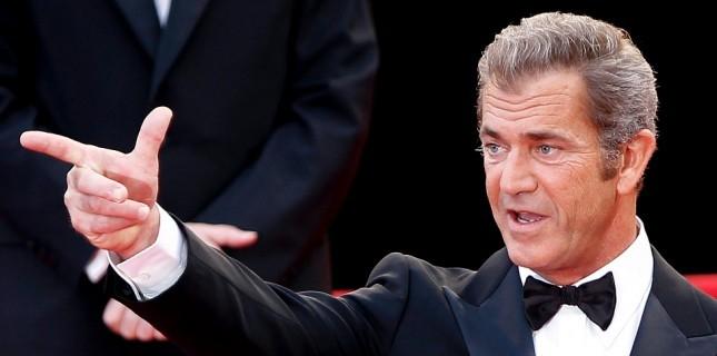 Mel Gibson aksiyon filmi 'Boss Level' kadrosunda