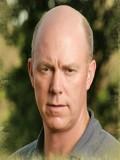 Michael Gaston profil resmi