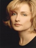 Amy Carlson profil resmi