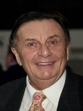 Barry Humphries Oyuncuları