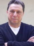 Charles Dennis profil resmi