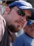 Christopher Hutson profil resmi