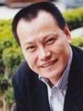 Kim Hak-cheol profil resmi