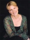 Lindsay Crouse