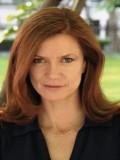 Maggie Moore profil resmi