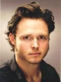 Michael Abbott Jr. profil resmi