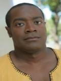 Tony Brown profil resmi